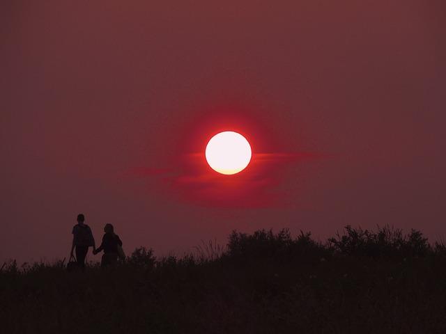 sunset-166637_640