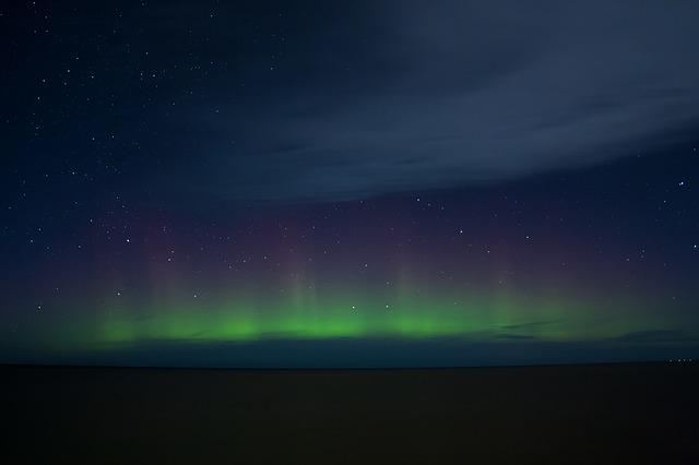 northern-lights-1081752_640